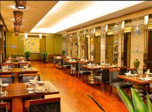 哈尔滨回收饭店厨房,生鲜超市。宾馆设备、制冷设备中央空调桌椅